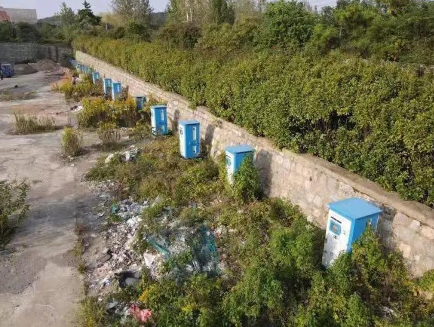 中国充电桩大冒进:巨资补贴建设 如今荒草丛生