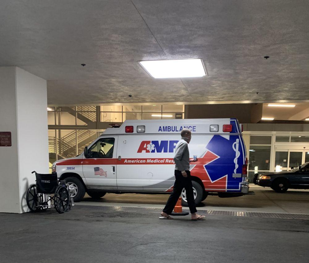 疫情中,我去了洛杉机医院急诊室……