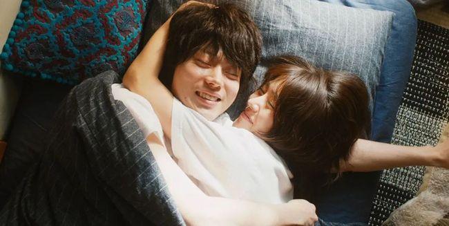"""""""约素炮""""概念在中国悄然而生 :睡友是种怎样的体验?"""