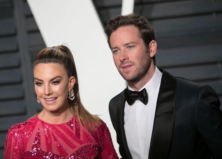 好莱坞男星丑闻连环爆 妻子友人:他似乎是禽兽