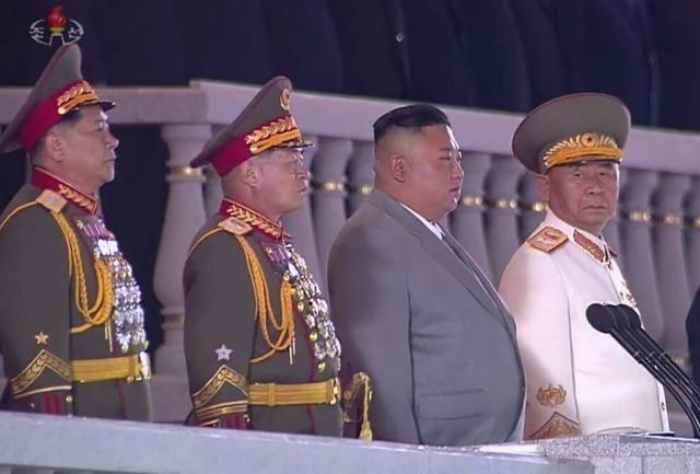 金正恩阅兵演讲激动落泪:朝鲜没有一例新冠