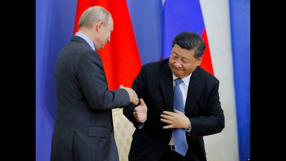 胡锡进为俄使馆辱华洗地 网友:踩着美国向俄下跪